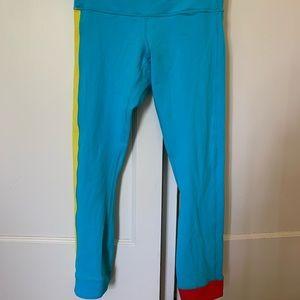 Lululemon bright blue 7/8 cropped leggings size 4